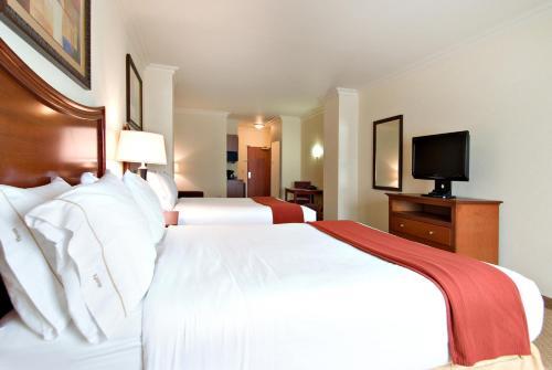 Holiday Inn Express Hotel & Suites Klamath Falls Central