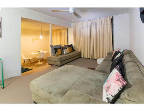 Quiet apartment close to city, Suncorp and uni, Brisbane