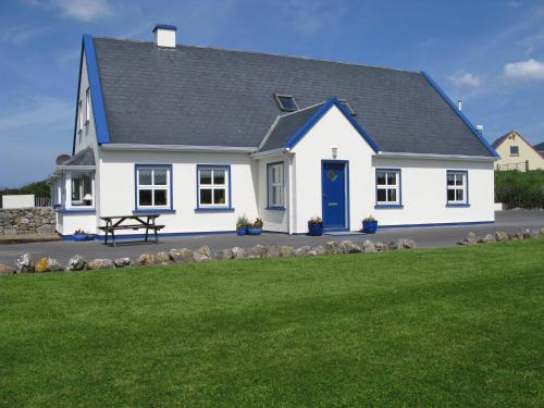 Photo of Nellie Dee's Hotel Bed and Breakfast Accommodation in Doolin Clare