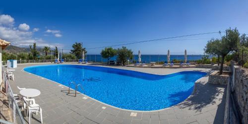 Kardamili Beach Hotel