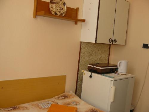 Studio (2 Adults) with Shared Bathroom