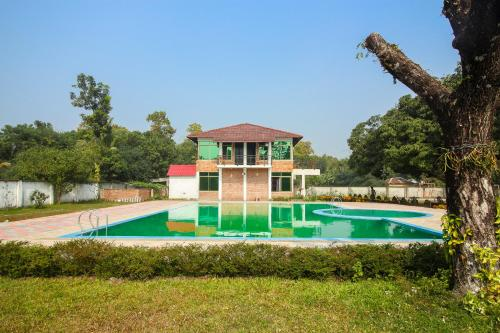 Rang Bashonti Resort