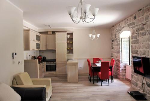 Two bedroom Mediterranean apartment, Balgue
