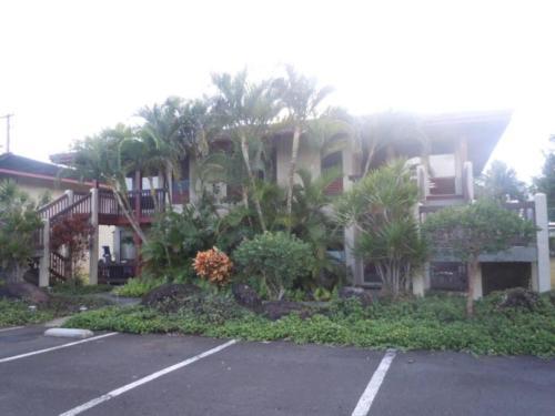Village Manor B21