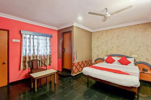 OYO 26562 Dazzle Lodge, Hyderabad
