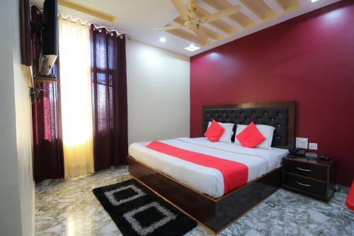 OYO 24426 Hotel Sky Blue, Dharamshala