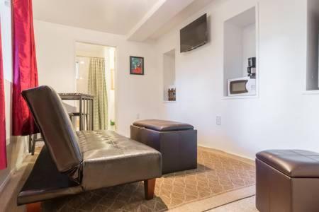 Cozy Lake Arrowhead Suite