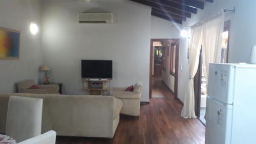 Apartamento en planta alta - Luque, Paraguay, Luque