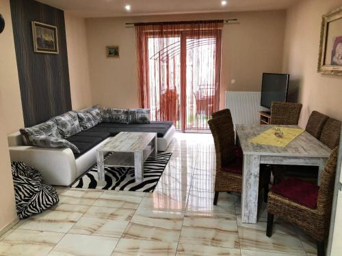Aba Apartment