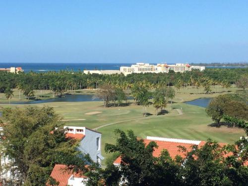 Villa @ Wyndham Rio Mar Resort - Beautiful Golf Course Views, 里奥格兰德