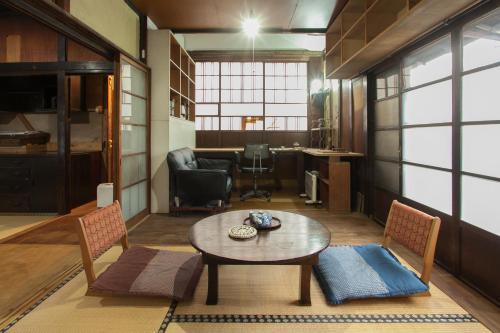 ART In Residence EDO NAGAYA BEKKAN, Tokyo