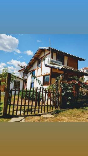 Villa Cachoeira