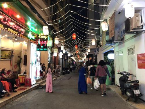 Sai Gon Service Rooms, Ho Chi Minh