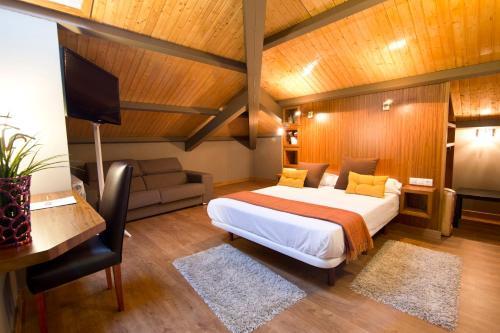 Doppelzimmer - Dachgeschoss Hotel Arrope 2