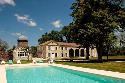 Château De Trouhans - Duplex