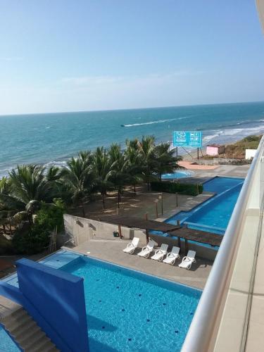 Departamento con vista al mar Resort Playa Azul Torre II, Campo Alegre