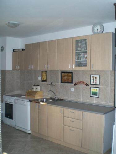 Ada Belgrade Lake Apartment, Белград