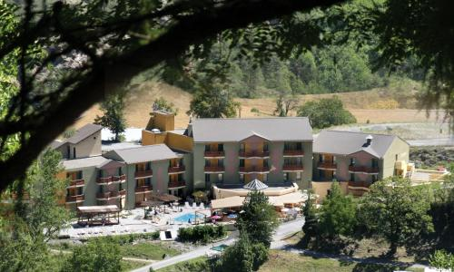 Отель Hotel La Lauzétane 3 звезды Франция
