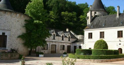 Château le Fleunie - 15 of 54
