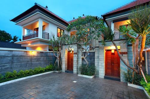 Madhya Villa