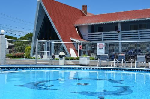 Cape Shore Inn