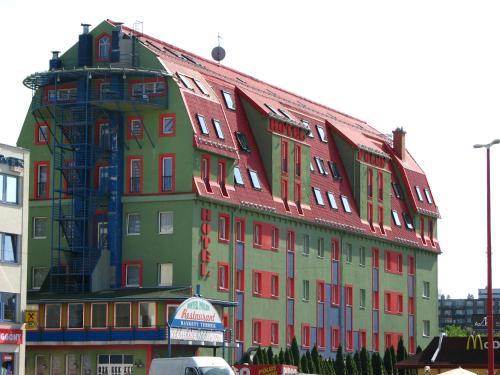 Отель Hotel Pólus 3 звезды Венгрия
