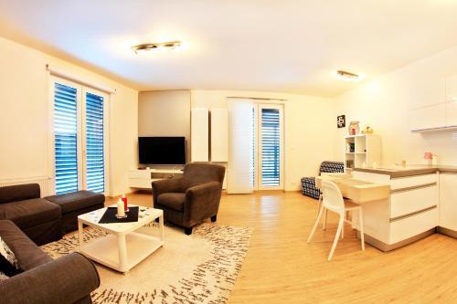 Apartments New Karolina Superior