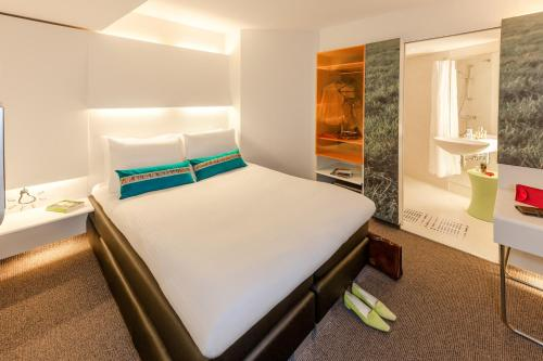 ibis Styles Amsterdam Central Station photo 6
