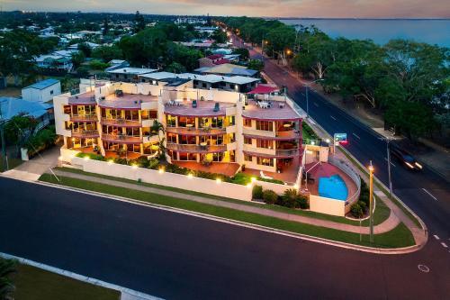 Alexander Luxury Apartments