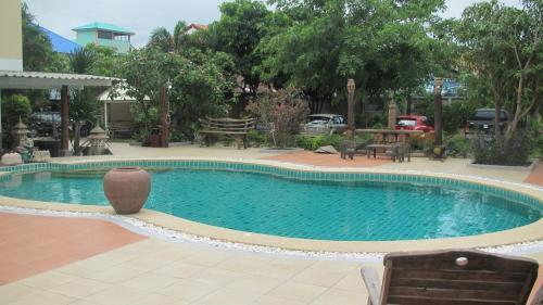 Отель Sophon 19 Apartment - Baan Klang Noen 3 звезды Таиланд