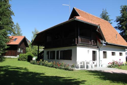 Отель Apartmani U Borovoj Šumi 4 звезды Сербия