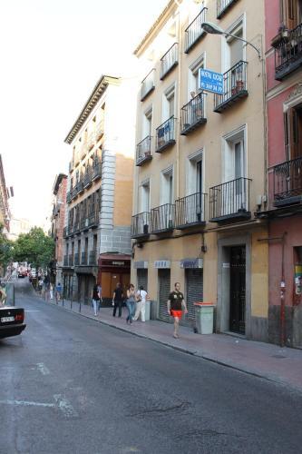 Hostal Xucar Customer Reviews Magdalena 28 2º Map Hotel Within 1 Km Of Atocha Station Madrid