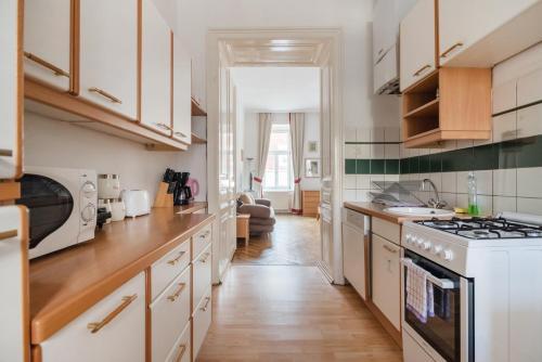 Charming city apartment