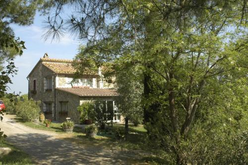 Prenota Country Hotel Le Fontanelle