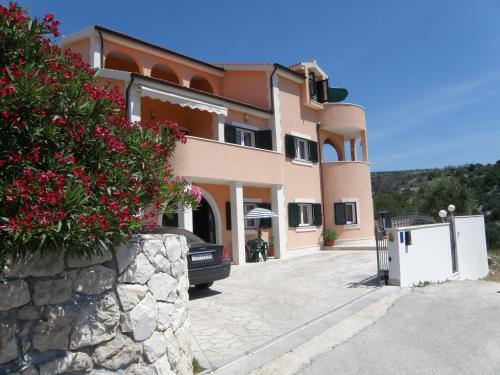 Villa Marica Primo�ten