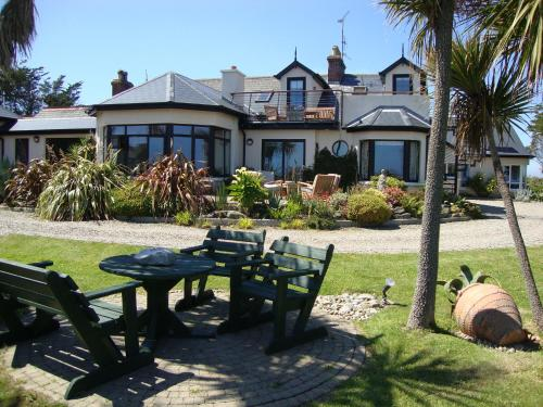 Photo of Clifford House B & B Hotel Bed and Breakfast Accommodation in Rosslare Wexford