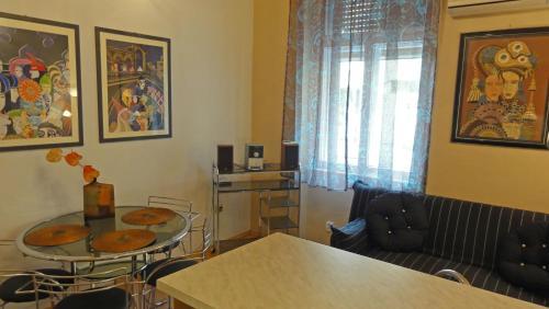 Apartments Brodarica