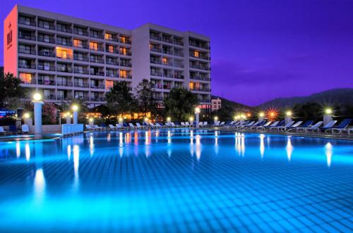 Отель Tusan Beach Resort - All Inclusive