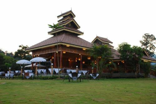 Курортный отель PaiCome HideAway Resort, Пай