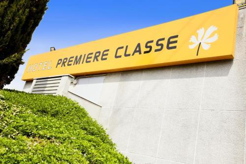 premiere classe roissy cdg paris nord 2 parc des expositions roissy france overview. Black Bedroom Furniture Sets. Home Design Ideas