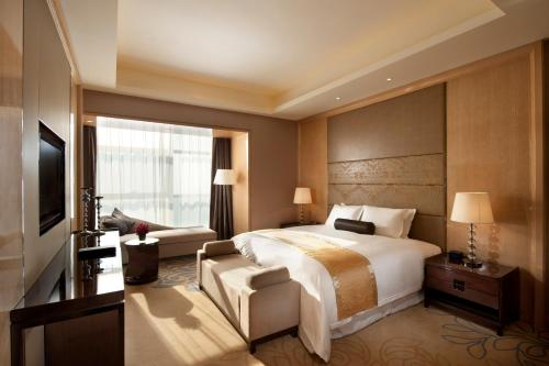 Deluxe Double Room - Dragon Boat