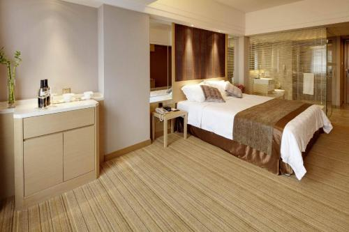 Special offer - Deluxe Queen Room