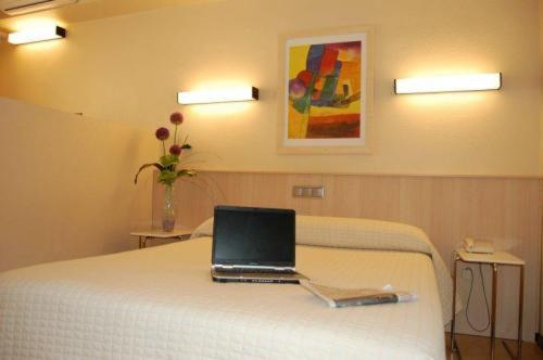 Single Room - Guestroom Hotel Alaiz