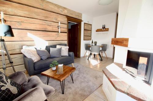 BELLE KITZ Two Bedroom Apartment in Groundfloor
