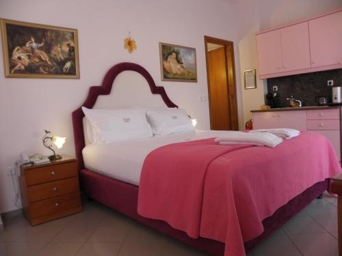 Photo of Best Western Irida Resort Hotel Bed and Breakfast Accommodation in Kyparissía N/A
