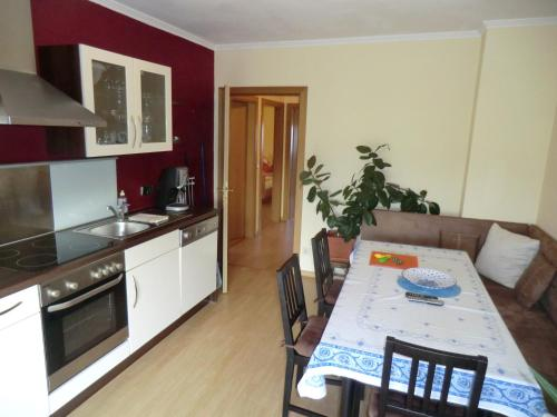 Large Two-Bedroom Apartment with Balcony Nr 2