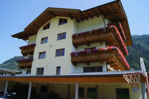 Picture of Apparthotel Stoanerhof