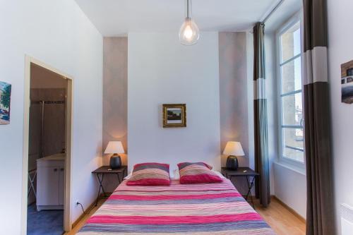 Maison d 39 h tes chambre en ville chambre d 39 h tes 35 rue for Bordeaux une chambre en ville