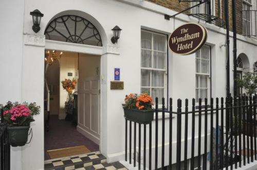 Wyndham Hotel - B&B,London
