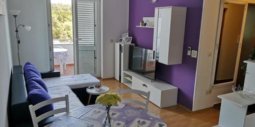 Apartment Martina-Turanj